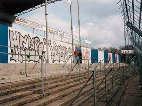 De Cross-side in het oude stadion